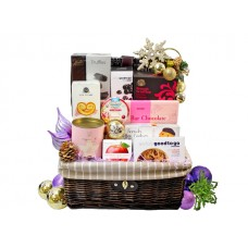 Christmas Chocolates and Biscuits Hamper