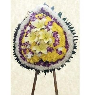 Traditional Flowers Arrangement 5